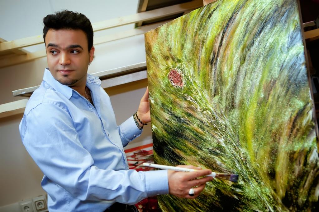 Персональная выставка Мехди Эбрагими Вафа «Философия цвета — Символы воплощений»