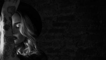 Певица Miela презентовала новый клип в стиле арт-хаус