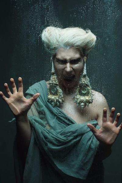 мировая премьера Музыкально-театральное шоу «О. Книга о воде и из воды состоящая»