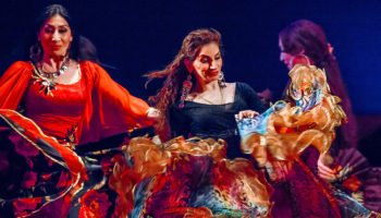 В театре «Ромэн» — 2222 спектакль «Мы — цыгане»