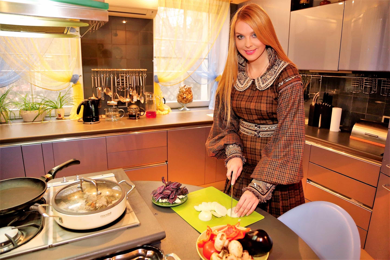 Певица Варвара начала новый год с забот о фигуре и здоровье