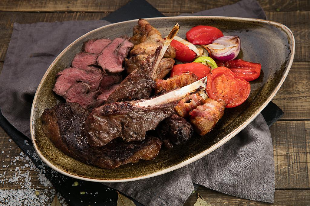 Восьмое марта в сети ресторанов «Brazilian Group»