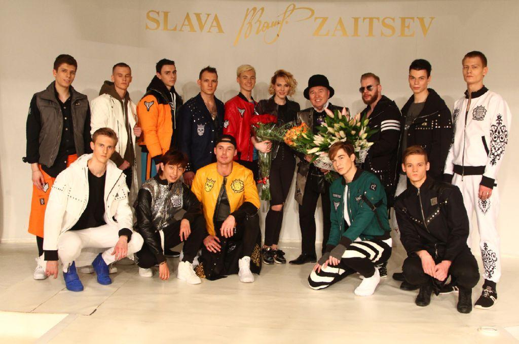 Экзаменационный шоу-показ в Доме Моды Славы Зайцева в коллекции от бренда «GG» аттестовал новых моделей