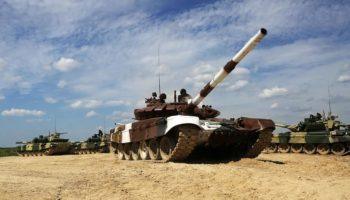В соревнованиях по танковомубиатлону в России сразятся команды из 23 стран