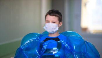 Дети в больнице сняли кино о футболе