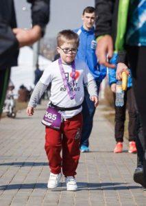 «Атлеты во благо» бегут Абсолют Московский марафон в поддержку детей с синдромом Дауна