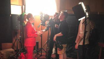 Анастасия Спиридонова собрала участников «Голоса» в сказочную «Метель»