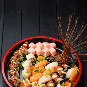 Новогодние сеты в ресторане высокой японской кухни «Макото»