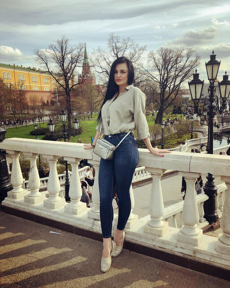 Нина Скворцова: «Перманентным макияжем можно сделать красивые натуральные брови»