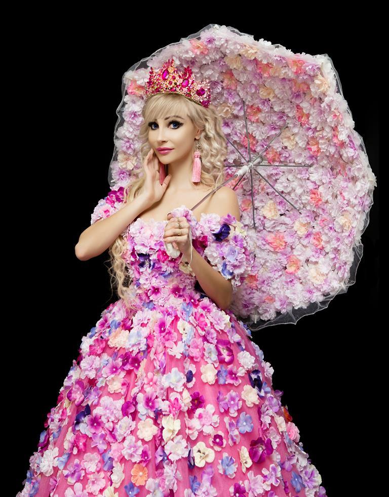 Татьяна Тузова: «Мой образ Барби появился еще в детстве»