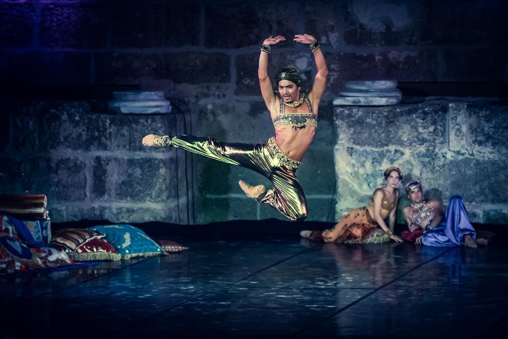 ТОП-10 событий апреля 2019: невероятные миры Жюля Верна, новое шоу от Cirque du soleil и юбилейное шоу Ильи Авербуха