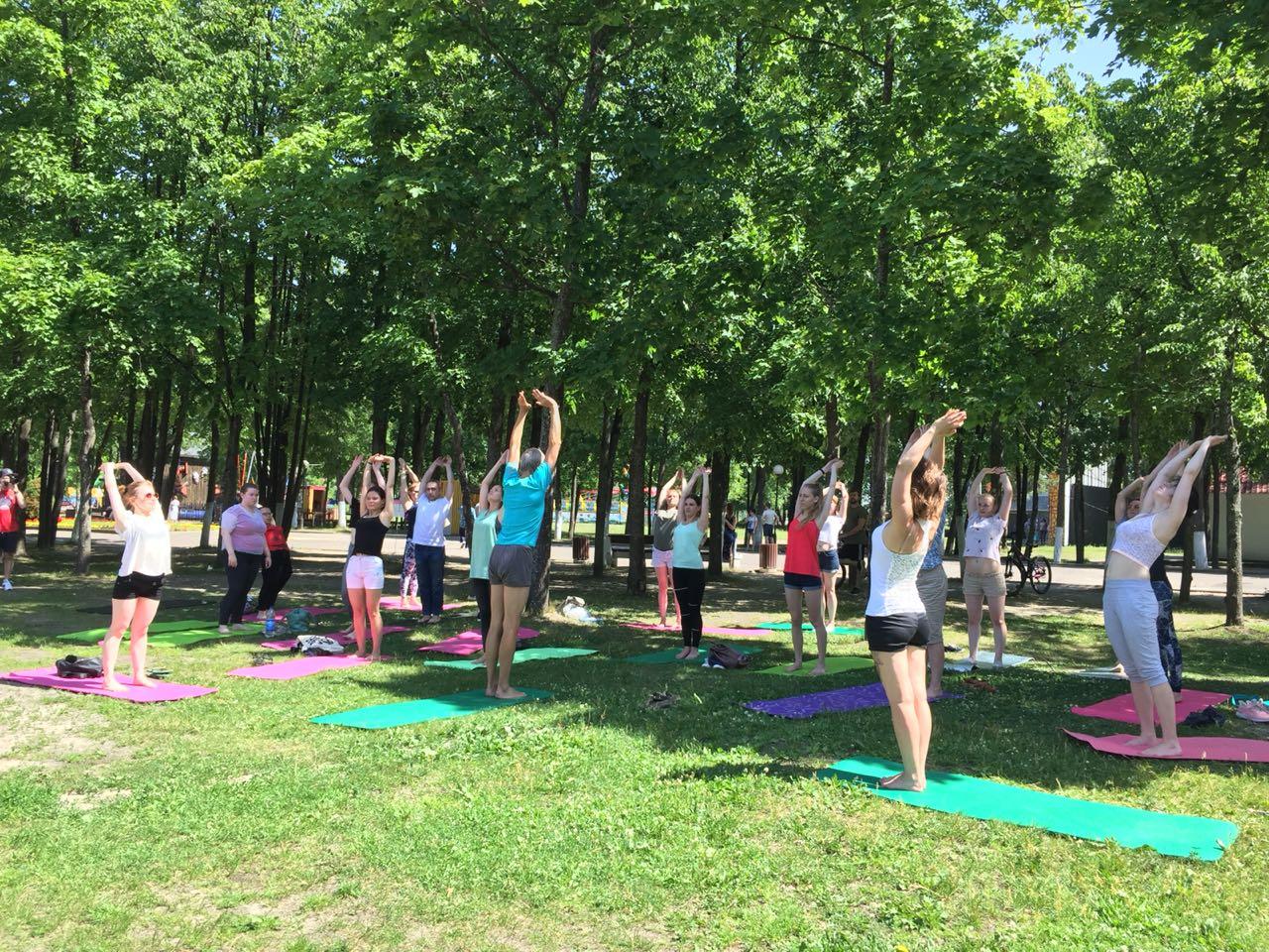 Посольство Индии в России проводит 5-й Международный день йоги в России