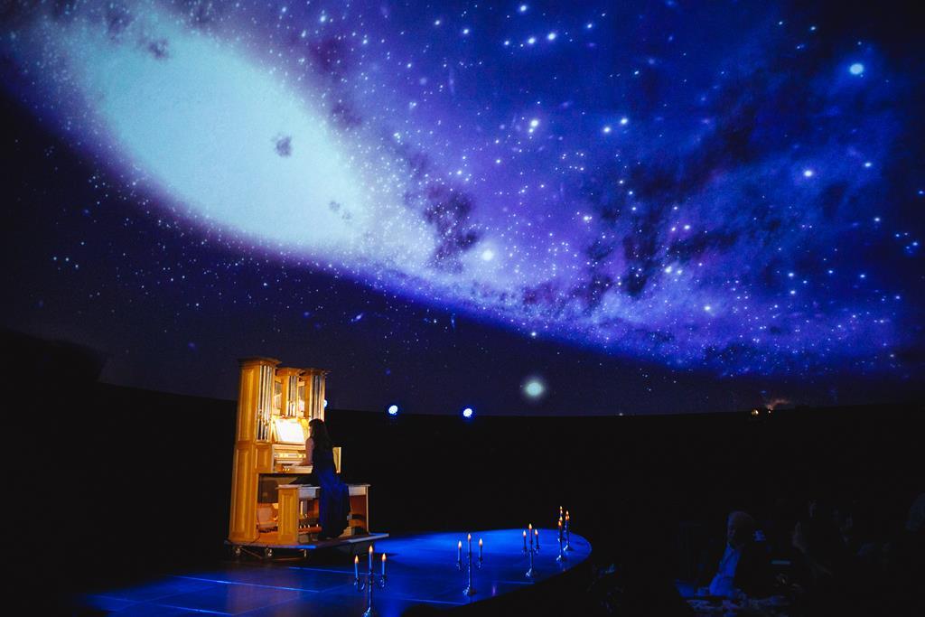 В Парке Горького пройдет премьера иммерсивного спектакля «Пер Гюнт» в формате 360°