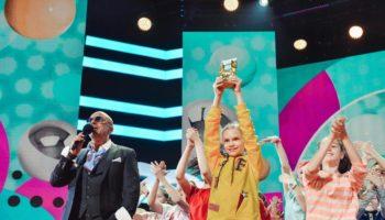 Подростки со всей России выберут своих героев в рамках премии «Дай пять!»
