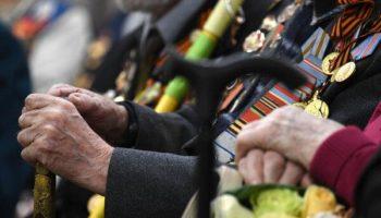 Ветераны развернут Знамя Победы над побережьем Адриатического моря