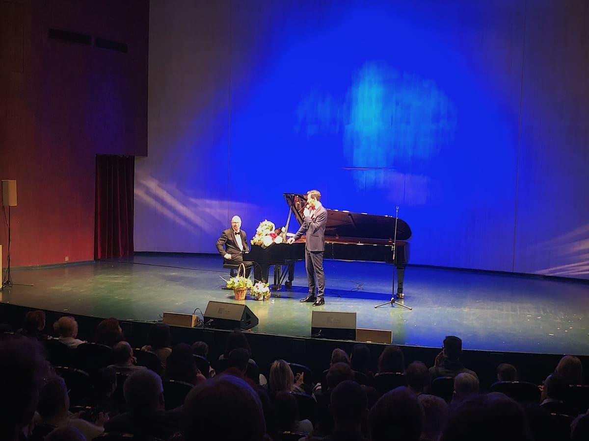 Альберт Жалилов подарил музыкальный вечер