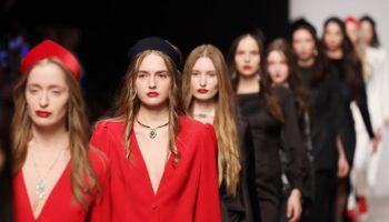 Оксана Федорова представила коллекцию «Преображение» на Mercedes-Benz Fashion Week!