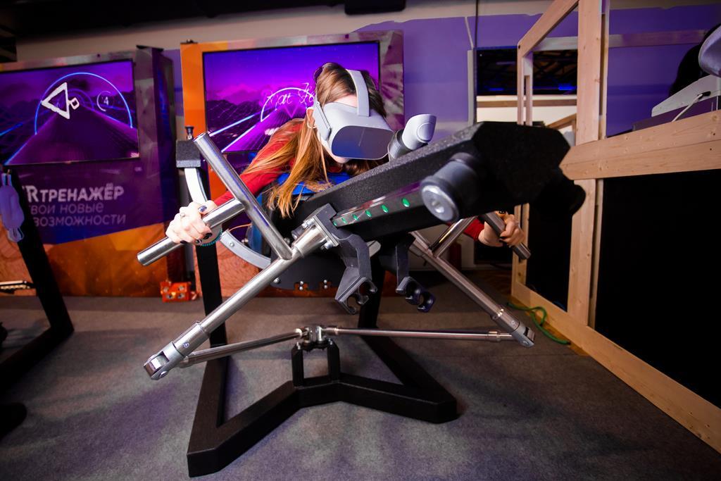 VR тренажер Flyser