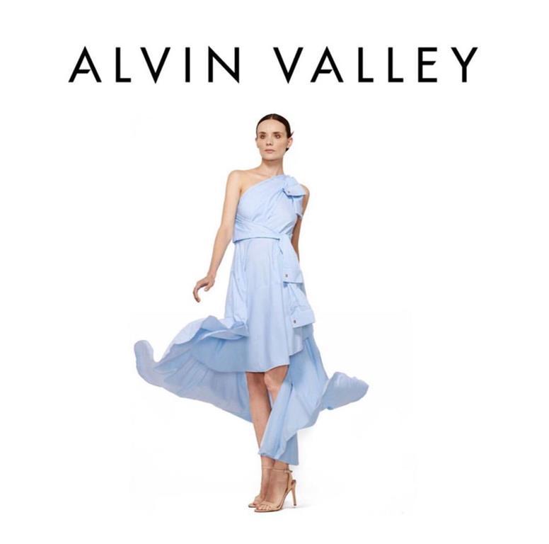 Старый друг лучше новых двух: Кира Дихтяр вновь стала лицом Alvin Valley