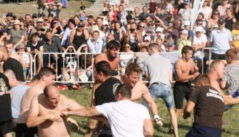 Кулачные бои и русские забавы на «Атмановских кулачках» увидел 1 млн. человек