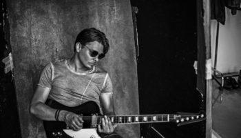 Дмитрий Ланской написал музыку к фильму «Трудности выживания»